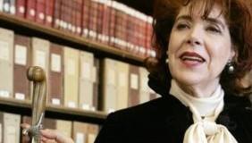 Le ministère de la culture lance un Prix Assia Djebbar du roman, le jury installé lundi