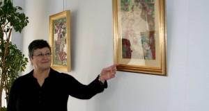 Bereksi-Reguig Nazha  expose ses « broderies d'art sur toile »