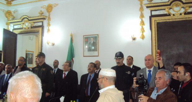 Les 52 nouveaux  maires de la wilaya de Sidi Bel Abbes  installés  par le wali.